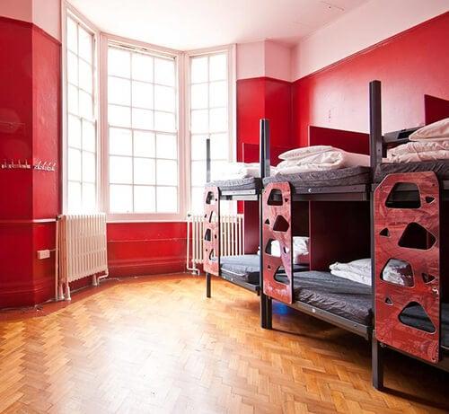 Clink78 Hostel - Londen - time to momo