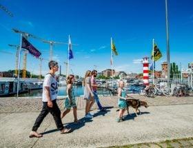 Hasselt Ontspannen aan het Albertkanaal.
