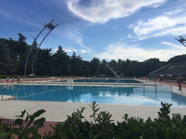 Dagje naar het zwembad in Florence met de kinderen