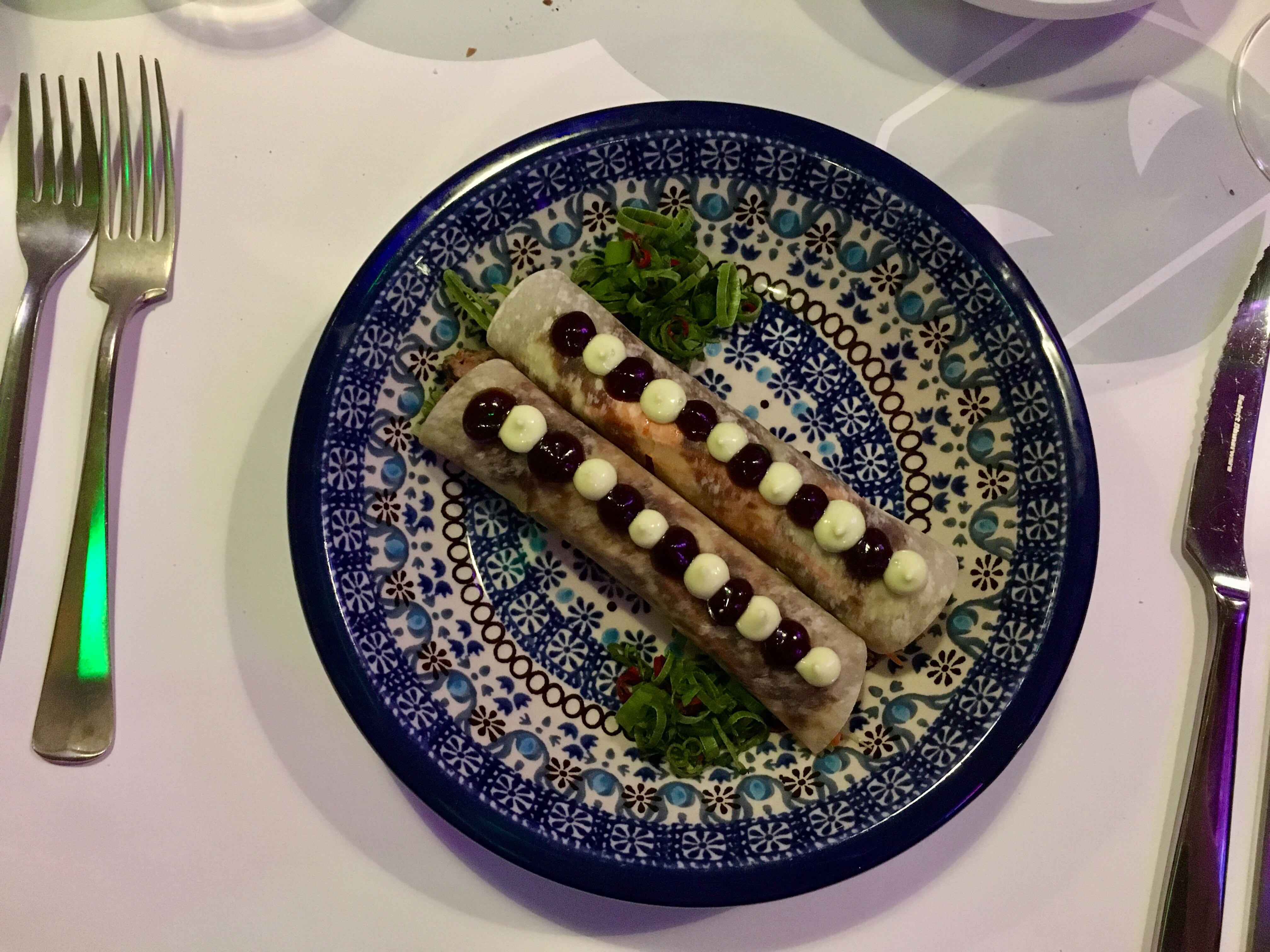 Pekingeend pannenkoekjes in restaurant RAUW. Foto: Ingelise de Vries