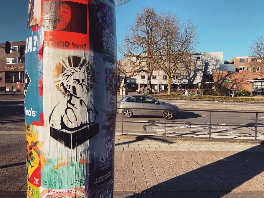 Kunst van Frank Hoogendoorn op de reclamezuilen in Amersfoort. Foto: Ingelise de Vries