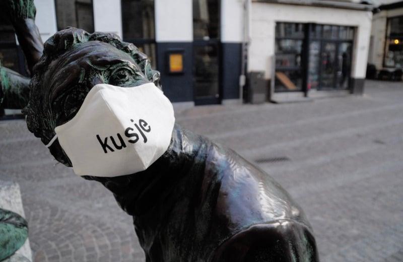 Antwerpen in tijden van corona monmdmasker Pieter Van den Zegel