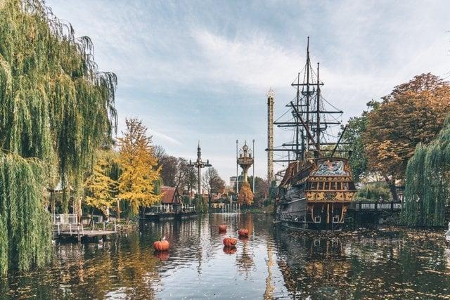 Tivoli in oktober Kopenhagen