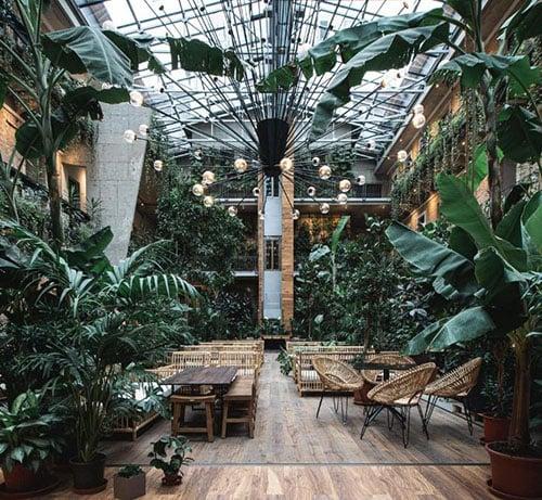 stories hotel Boedapest